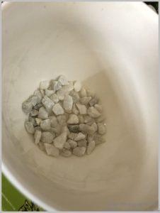 pebbles drainage pots